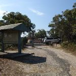 Sign and gate at the end of Beachcomber Rd (113518)