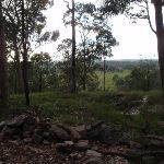 Rock cairns behind Lapstone lookout (146616)