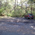 Small parking bay in Redgum Ave (158116)