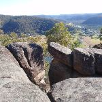 Viewpoint on a rock outcrop along Finchs Line (163519)
