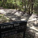 Sign at the intersection of of Kanning and Yanina walks (233694)