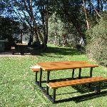 Picnic area near the tennis courts (273767)