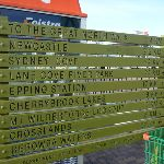 Great North Walk track head sign at Hornsby Station (332510)