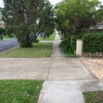 Footpath to Chatswood Station (55949)