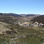 Views down over the Charlotte Pass Village (88090)